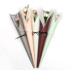 60 Ideas Flowers Bouquet Wrapping Florists For 2019 Single Flower Bouquet, Flower Bouquet Diy, Bouquet Wrap, Gift Bouquet, Floral Bouquets, Flower Art, Tulip Bouquet, Single Flowers, Boquet
