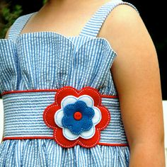 All American Girl Sundress ~~~ I love the top of this cute dress.