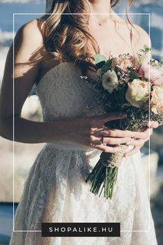 Különleges esküvői vagy alkalmi ruhát keresel? Akkor a csipkeruha jó választás lesz. A klasszikus csipke díszítés nagyon látványos, így még a legegyszerűbb ruhafazonokat is feldobja. Éppen ezért voksolj egy visszafogott árnyalatú ruhára, és a kiegészítőkkel is bánj óvatosan, hogy a csipke érvényesülni tudjon. Nyáron különösen szépek a pánt nélküli, illetve vékony spagettipántos modellek, télen pedig a hosszú csipke ujjú ruhák közül válogass. #csipkeruha #esküvőitippek #esküvőidivat… Dresses, Fashion, Vestidos, Moda, Fashion Styles, Dress, Fashion Illustrations, Gown, Outfits