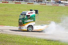 Caminhão Lubrax na fórmula truck.