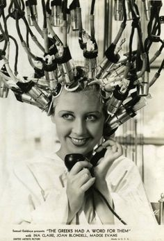 Google Afbeeldingen resultaat voor http://leblogdesovena.com/wp-content/uploads/2012/05/Vintage-Hair-Dryer-1947-e1336142518453.jpg