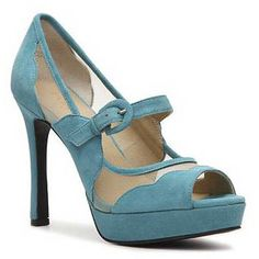 Levity Mitzi Pumps