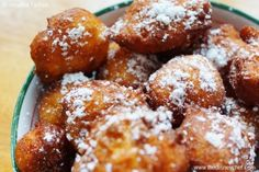 Try Zeppole di Ricotta As served at Via Napoli, Italy Pavilion-EPCOT! You'll just need 1 cups all-purpose flour, cup sugar, 4 teaspoons baking. Italian Pastries, Italian Desserts, Italian Recipes, Italian Donuts, Italian Foods, French Pastries, Disney World Food, Walt Disney World, Zeppoli Recipe
