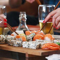 compartir momentoúnico sushi endoftheweek disfrutar jueves foodgasm amigos sushipop reirse photooftheday