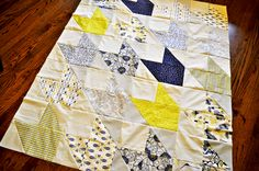 Traveling Southwest Quilt: Fat quarter quilt pattern with unique blocks using half square triangles.