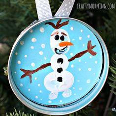 Adorno de navidad de Olaf frozen para decorar el árbol.