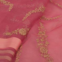 Embroidered Pink Organza Fancy Saree With Floral Motifs 10014470 Lace Saree, Organza Saree, Chiffon Saree, Saree Dress, Pure Georgette Sarees, Indian Silk Sarees, Indian Beauty Saree, Punjabi Dress Design, Embroidery Saree