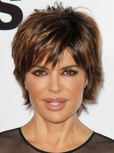 Lisa Rinna Short Hairstyles Back View Stacked Bob Short Hair Back View, Short Hair With Layers, Short Hair Cuts For Women, Short Hair Styles, Short Cuts, Short Shag Hairstyles, Bob Hairstyles For Fine Hair, Hairstyles Haircuts, Brunette Hairstyles