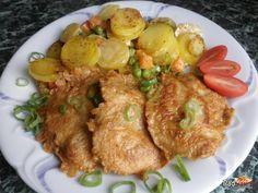 Kuracie prsia (rezne) v cestíčku so smotanovými zemiakmi. Recept na Kuracie prsia je tak obľúbený že ho budete vyťahovať veľmi často. Snack Recipes, Snacks, Snack Box, Food 52, Tandoori Chicken, Poultry, Ham, Food And Drink, Menu