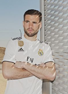 9c33367fc71 9 Best Real Madrid New Logo images