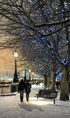 South Bank, London, London, England - A walk along by the River Thames in the snow. What could be more romantic?