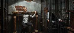 Квест Побег Гудини | Клаустрофобия (Санкт-Петербург)  Гарри Гудини — знаменитый фокусник и иллюзионист, однажды, перед началом гастрольного тура по России попросил его запереть в одной из самых охраняемых и защищенных камер тюрьмы Петропавловской крепости. Гарри вышел из камеры довольно быстро, а у вас есть шанс попробовать повторить магический побег! Определите, кто быстрее, вы или известный чародей, разгадайте секреты его фокуса с исчезновением, открывания замков и наручников, станьте…