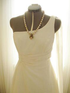 Hey, I found this really awesome Etsy listing at https://www.etsy.com/listing/183030899/vintage-80s-elegant-one-shoulder-wedding