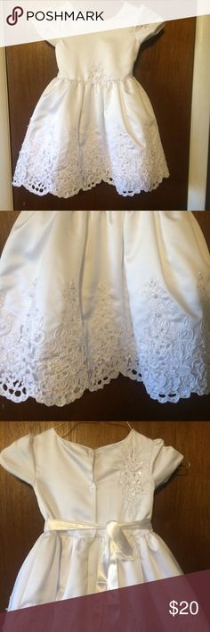NWT White Girls Dress NWT Girls White Dress Dresses Formal