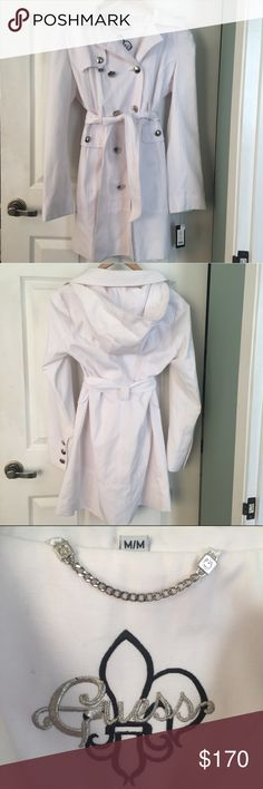 NWT: Guess white trench coat NWT, never been worn Guess coat. Accepting offers! Guess Jackets & Coats Trench Coats