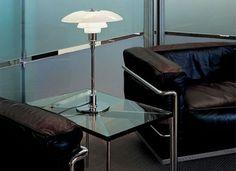 ph-3-2-table-lamp