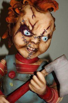 Chucky and his Bride sculpted cake Chucky And His Bride, Scary Cakes, Horror Cake, Sculpted Cakes, Halloween Cakes, Halloween Party, Different Cakes, Character Cakes, Creative Cakes