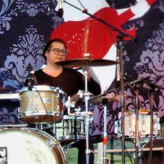 Tommy Roslak of Crash Kings playing at Sunset Park Las Vegas 11-16-13. Fantastic show!