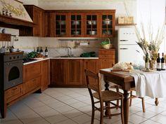 insalata, broccoli, cicoria: note di colore verde nell'ambiente cucina PIENZA