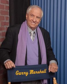 "The legendary director Garry Marshall has died this evening. He was 81. Marshall developed TV shows like 'The Odd Couple' and 'Happy Days' and films like 'Pretty Woman' and 'The Princess Diaries'. In an EW interview, Marshall once said of his work, ""I believe in fairy tales, and I believe other people do too."" RIP to this brilliant Hollywood legend.  Click the link in our bio for more on the star."