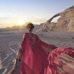 Murad Osmann and Nataly Osmann: Follow me to Wadi Rum desert in Jordan