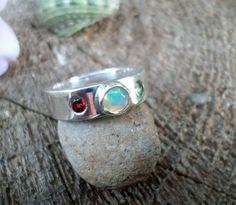 Inel Handmade Opal Granat Peridot si argint 925