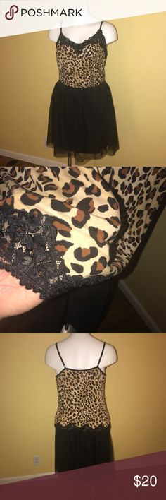 Lane Bryant 18/20 Cheetah Print Stretchy Cami T125 Lane Bryant 22/24 Cheetah Print Stretchy Cami. Perfect condition. Super cute, dress up or down. Equivalent to a 3x. Top only, skirt not available. Lane Bryant Tops Camisoles