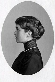 Grand Duchess Olga Nikolaevna (1895 – 1918). Circa 1914 – 1916. #Russian #history #Romanov