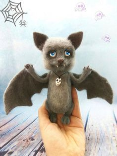 Sale Creature art doll bat OOAK felt fantasy plush doll Cute creepy goth plush toy Interior decor OOAK needle felting art animal doll Skull decor #needlefelting #bat #animalart #ooak #diyhomedecor #felting #dollmaker #etsyfinds