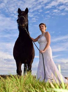 Robe de mariée bohème Photos, Horses, Animals, Lace, Pictures, Animales, Animaux, Animal, Animais