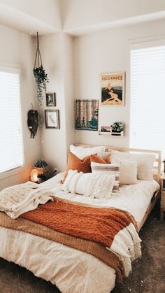 bed room inspiration bed room inspo The Consolation Seashore Marriage ceremony Attire Certainly, tre Teenage Room Decor, Couple Room, Room Ideas Bedroom, Bedroom Inspo, Design Bedroom, Autumn Decor Bedroom, Bed Room, Diy Bedroom, Bohemian Beach Decor