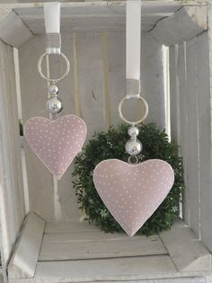 Hello everybody! Offer you a hearts in pink with dots. He . Bieten Euch hier ein Herze in rosa mit Pünktchen an. He… Hello everybod- Valentines Day Decorations, Valentine Crafts, Xmas Decorations, Heart Party, Fabric Ornaments, Heart Crafts, Crafts To Make And Sell, Diy Home Crafts, Shabby Vintage