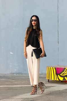 Total Look de Zara con la tendencia de los pantalones culotte y crop top y sandalias abotinadas con cordones