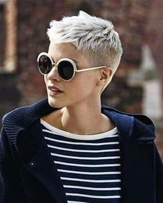 Pixie super very short haircuts and hair for - hairstyles 2019 - Pixie super short haircuts and hair for - Very Short Pixie Cuts, Very Short Haircuts, Cool Haircuts, Short Hairstyles For Women, Cool Hairstyles, Pixie Hairstyles, Haircut Short, Hairstyles 2018, Hairstyle Ideas