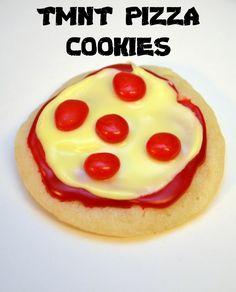 These pizza cookies are the perfect snack for a TMNT party! Pizza Cookies, Cookie Pizza, Turtle Birthday Parties, Turtle Party, Cookie Recipes, Dessert Recipes, Desserts, Tmnt Cake, On The Go Snacks