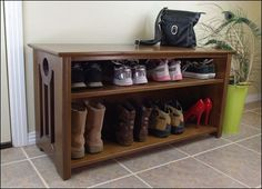 Shoe bench... something like this for the entry?