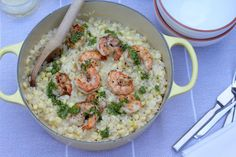 Welcome Summer with a Sweet Corn Risotto with Grilled Shrimp and Basil Pesto. New post! http://pezz.co/cornrisotto pic.twitter.com/fJLGja9WOc