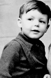 James Paul McCartney was born on in Walton Hospital, Liverpool… Paul Mccartney, Beatrice Mccartney, John Lennon, Young Celebrities, Celebs, Age Tendre, Divas, Sir Paul, The Fab Four