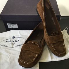e6dd0cd4712 Prada Womens Brown Suede Loafers Moccasins Flats 37.5 Italian Designer Shoes  in Clothing