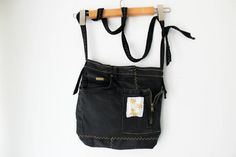 Black denim handbags Jeans bags Jeans Crossbody bags Boho bag Recycled bags Messenger bags Handbags worn jeans Jeans tote bag -- Be sure to check out this helpful article. Handmade Fabric Bags, Handmade Handbags, Denim Handbags, Black Handbags, Arts And Crafts, Art Crafts, Easy Diy Crafts, Sell On Etsy, Boho Outfits