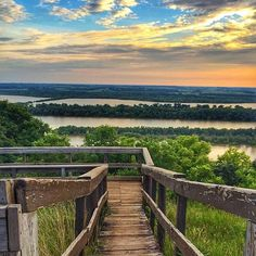 Pere Marquette State Park near Grafton, Illinois, by Instagram user (at)jongcambron.