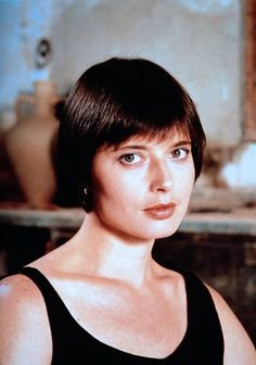 Isabella Rossellini, perfect face