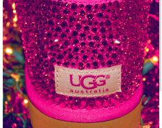 Swarovski hot pink uggs! Want❤