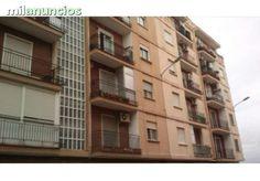 Piso situado en la localidad de Valencia. Cuenta con una superficie de 58 m�. Dispone de 3 dormitorios, 1 ba�o y 1 terraza. Vivienda ubicada en una zona totalmente equipada con todo tipo de servicios.  DATOS Ref: 59901-0001 - PM45612Poblacion: Valencia