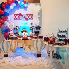 Balões e aviões para o chá do nosso príncipe Otávio ☁️✈️ #unicorniofestas #emporiodecorfestas #chadebebe #chadebebemenino #baloeseavioes #festabalao #balonparty