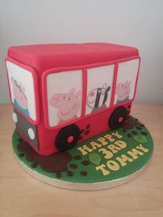 Peppa pig bus cake