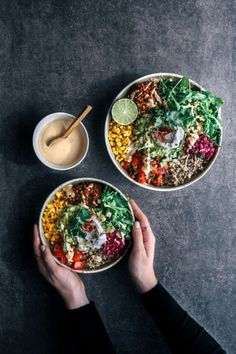Two delish buddha bowls by filled with avocado, spiced lentils, charred corn, tomato salsa, salad & quinoa! Tag someone you'd eat this with! Mexican Salads, Mexican Food Recipes, Healthy Salad Recipes, Vegan Recipes, Healthy Food, Healthy Eating, Burritos, Nachos, Salads