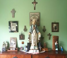 My bedroom altar in all its glory Religious Icons, Religious Art, Home Altar Catholic, Prayer Corner, Meditation Corner, Sign Of The Cross, Prayer Room, Madonna, Family Prayer