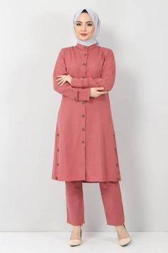 Dress Patterns, Chiffon Tops, Raincoat, Seasons, Jackets, Dresses, Fashion, Rain Jacket, Down Jackets