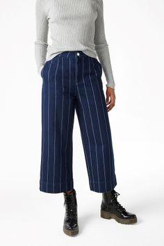 Monki Image 3 of Wide leg denim trousers in Blue Dark